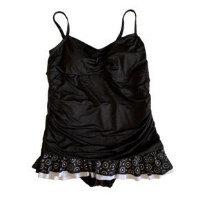 24th & Ocean Black Ruched Skirted Swimsuit 18W